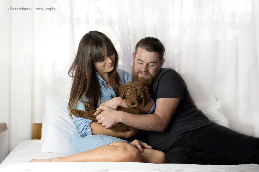 couple-newborn-dog-elisha-minnette-photography-1