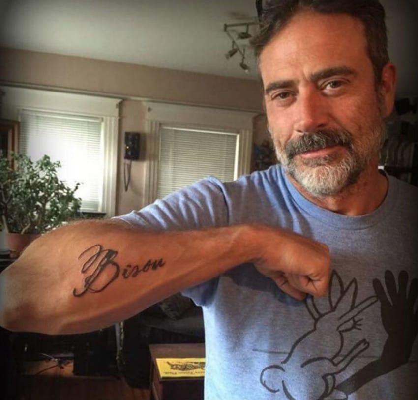 jeffrey dean morgan bisou puppy tattoo